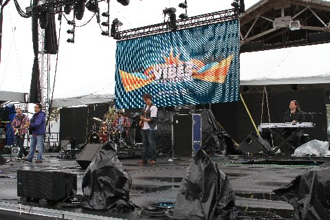 A Little Cold Rain Can't Dampen The VibeTribe Spirit